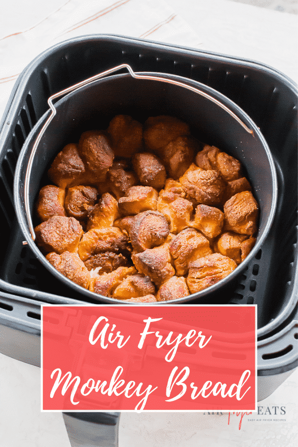 Air Fryer Monkey Bread is the perfect sweet #breakfast treat in a snap! Crunchy on the outside and soft on the inside, it's the best way to start the weekend or a family holiday. #monkeybread #holidays via @vegetarianmamma