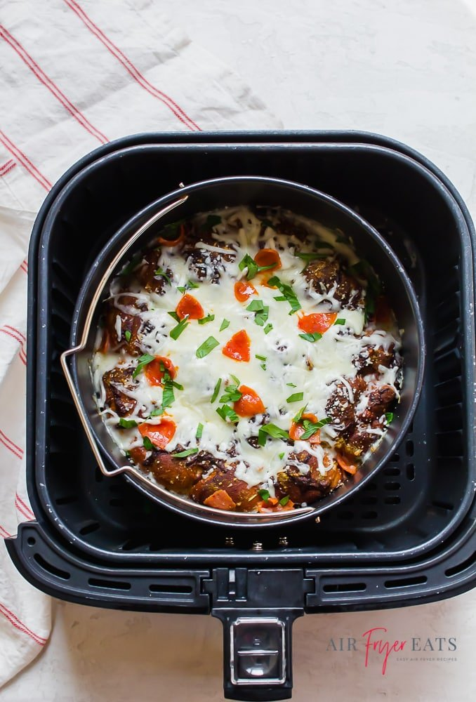 garlic knot pizza in air fryer